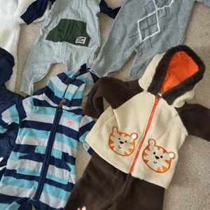 NWOT Baby boy bundle (9)